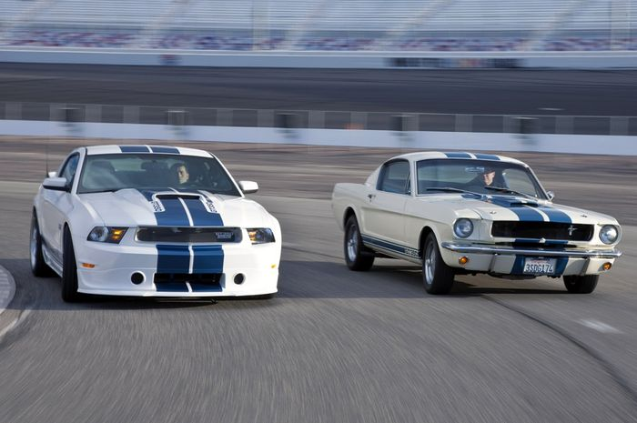 Shelby GT350 Mustang Owners Suing Over Overheating Gearboxes