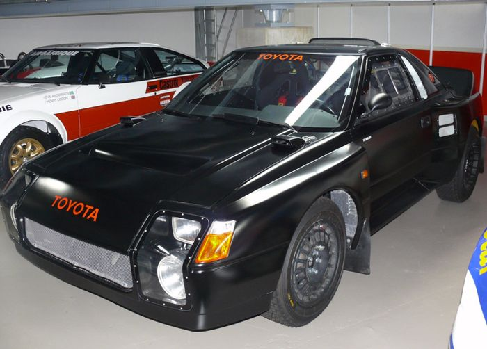 black monster - toyota mr2 222d prototype
