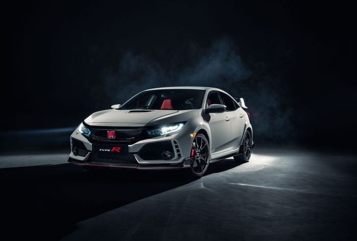 Production Honda Civic Type R Finally Debuts With 306 HP