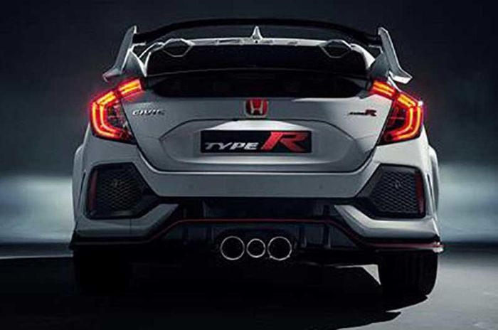 Honda Civic Type R has a triple exhaust