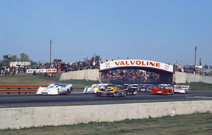 MARK DONOHUE INDY 500 F1 NASCAR CAN AM IROC DRIVER 8 X 10 PHOTO