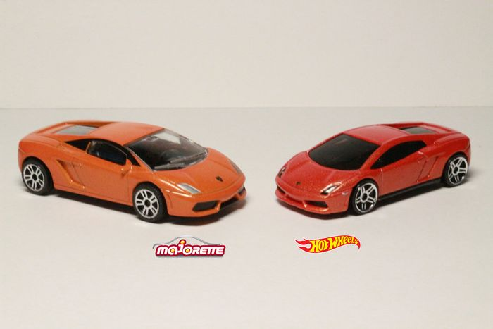 hot wheels vs majorette lamborghini gallardo lp560 4. Black Bedroom Furniture Sets. Home Design Ideas