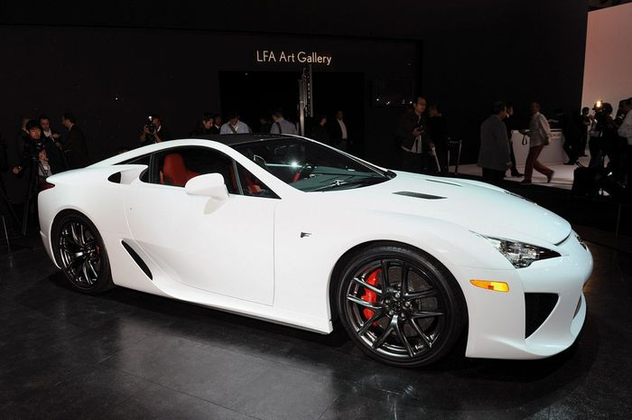 The story of a technological yet passionate automobile the Lexus LFA
