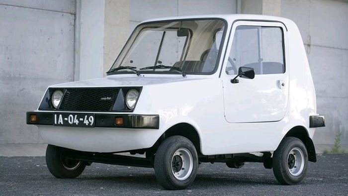Sado 550 The Very First Smart Car Ever Made In Portugal 550cc 2 Cilynder Ebgine Only 260 Were Born 1977 But Went To 1982