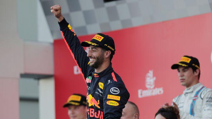 Sebastian Vettel and Lewis Hamilton in F1 crash row