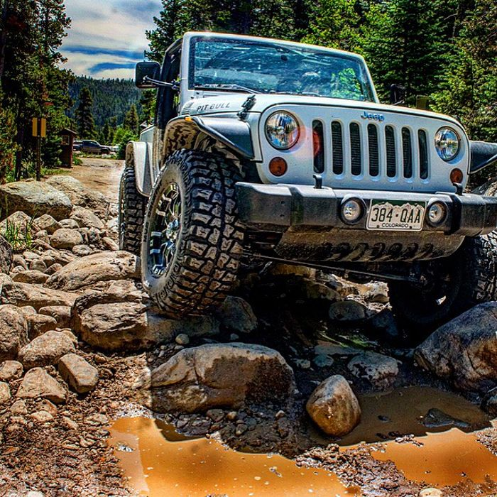 Jeep Car Wallpaper: 2012 Jeep Wrangler Going Offroad