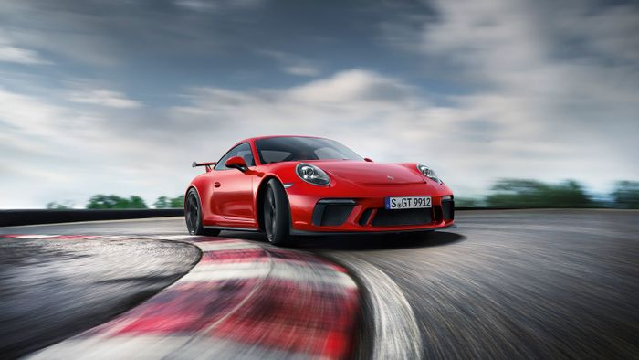 2018 porsche 911 gt3 rs. beautiful porsche porsche announced the car will be released in march 2018 but until then rs  is surely going to fully revealed inside porsche 911 gt3 rs