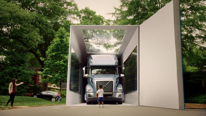 Volvo VNL reveal breaks record