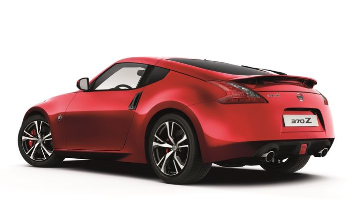 Nissan 370Z gears up for 2018