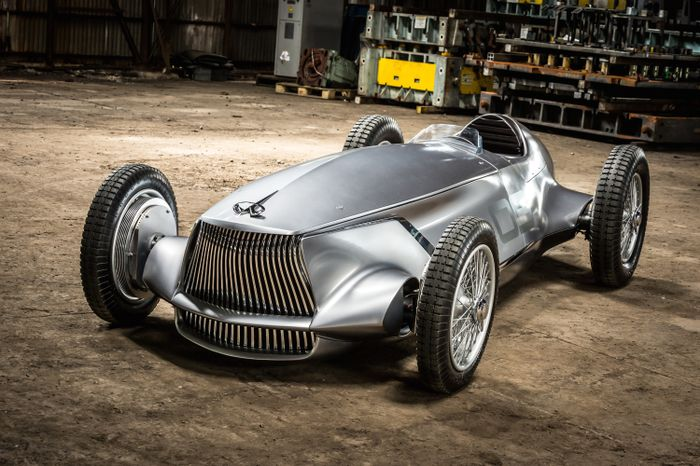 Infiniti Goes Back In Time With A Classic Grand Prix Race Car