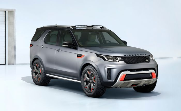 Land Rover Discovery SVX is an extreme 518bhp off-roader