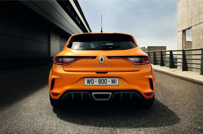 Renault Unveils All-New Megane RS Hot Hatch in Frankfurt