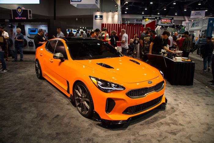 West Coast Kia >> We Can't Decide Which Of These SEMA Kia Stinger GTs We ...