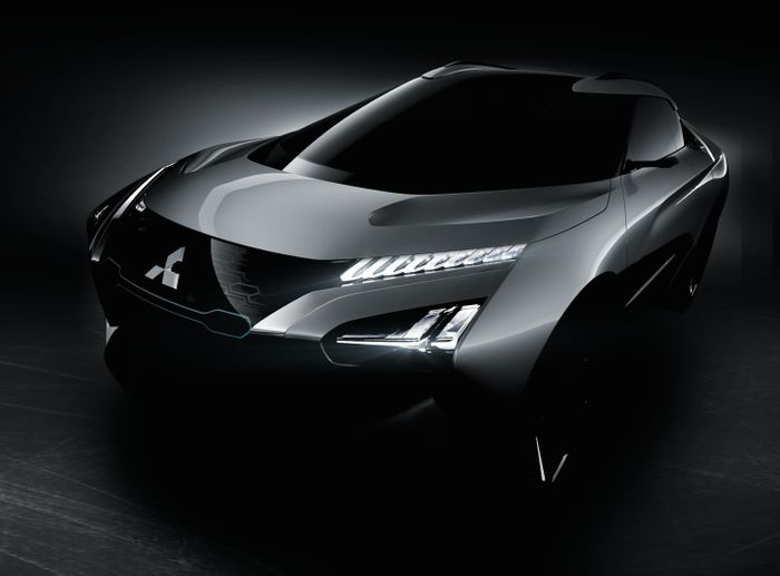 Mitsubishi e-Evolution Concept Teased
