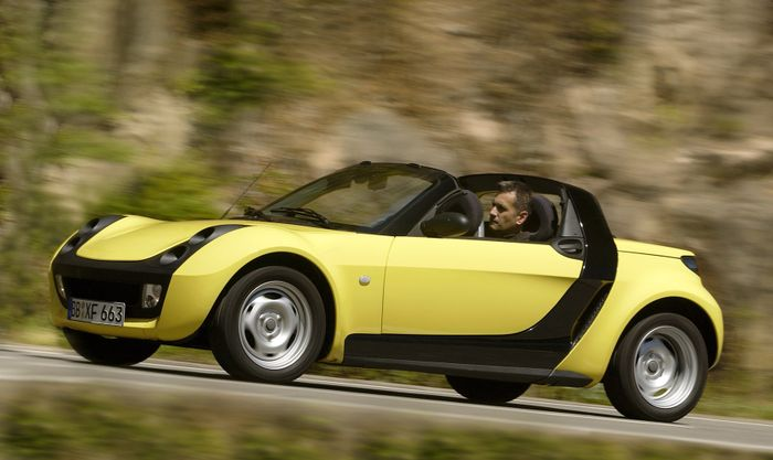 10 cars that are longer than a smart roadster. Black Bedroom Furniture Sets. Home Design Ideas