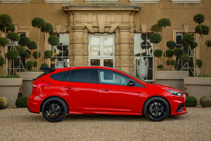 Ford Focus Rs Red Edition Revealed As Production Nears Its End