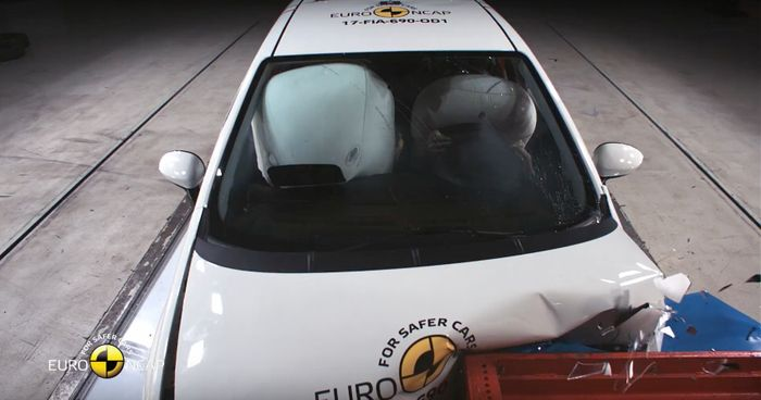 Fiat Punto gets totaled by no-star Euro NCAP rating