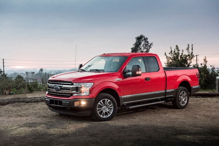 Ford adds diesel engine to F-150 for the first time
