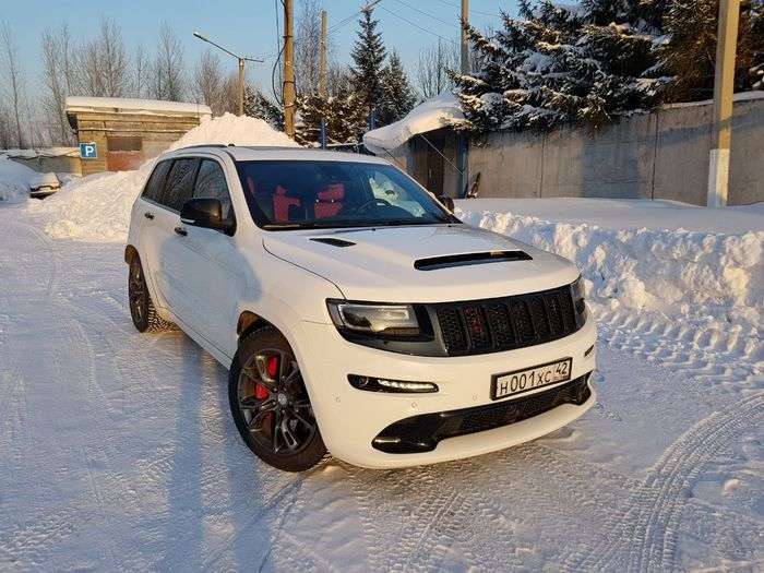 White Demon Hood For Jeep Gc Wk2 Srt By Scl Performance