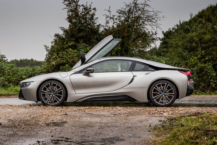 An I8 Based Bmw Supercar Could Be On The Way With Nearly 700bhp