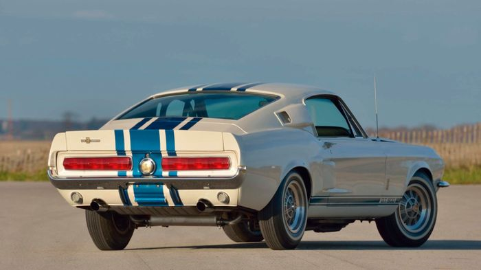 First Production 2020 Ford Mustang Shelby GT500 Sells For $1.1 Million