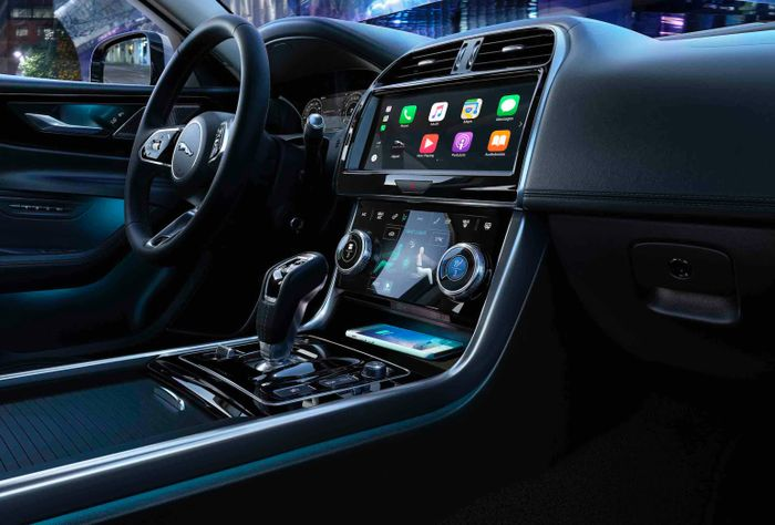 Ish Jaguar XE Is Here With A Fancy New Interior