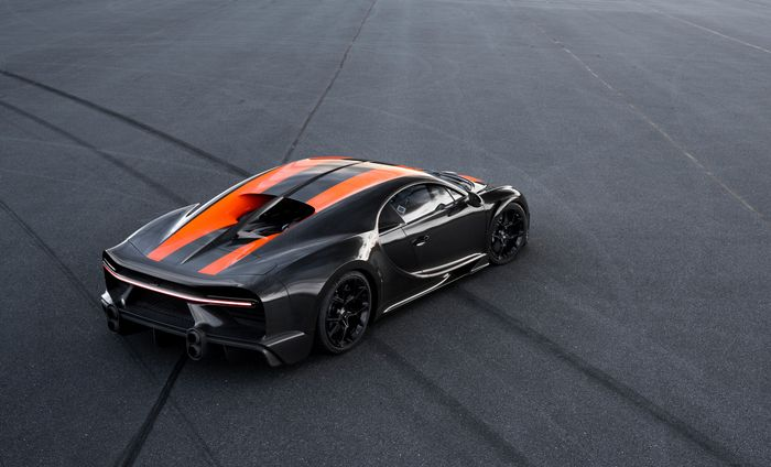 The Bugatti Chiron Has Topped 300mph, And The Footage Is