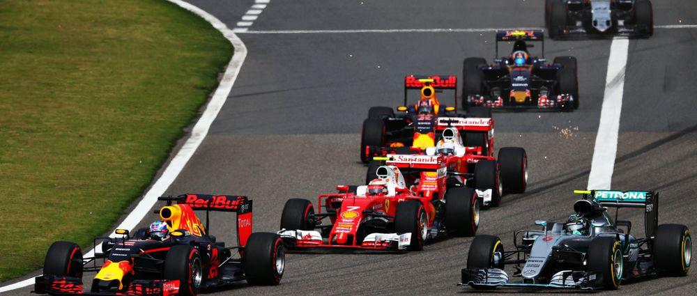 Kvyat Trolls Vettel With Torpedo Helmet Design For Russian GP