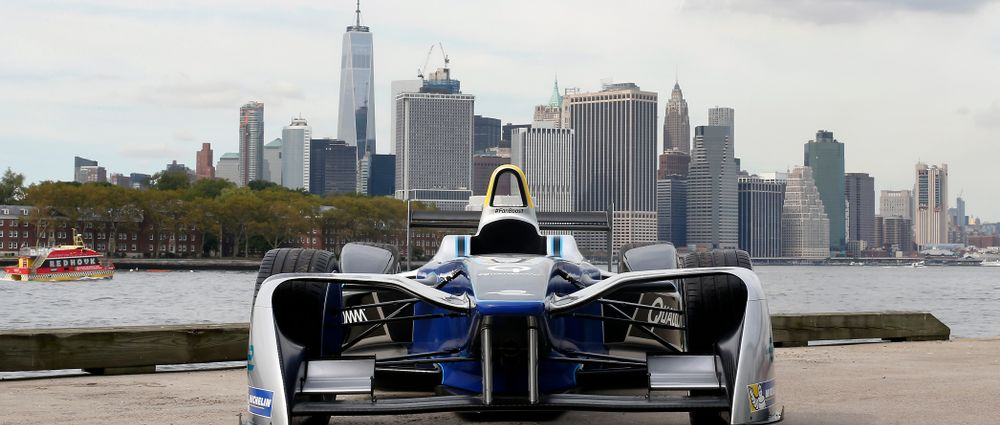 Sir Richard Branson Is DS Virgin's Reserve Driver For New York