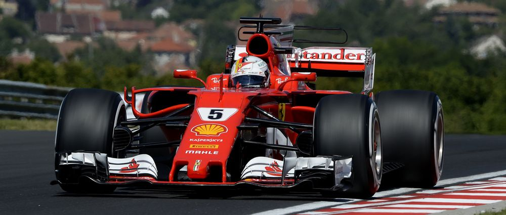 Vettel Sets Hungaroring Lap Record, Ferrari Takes Front-Row Lock-Out