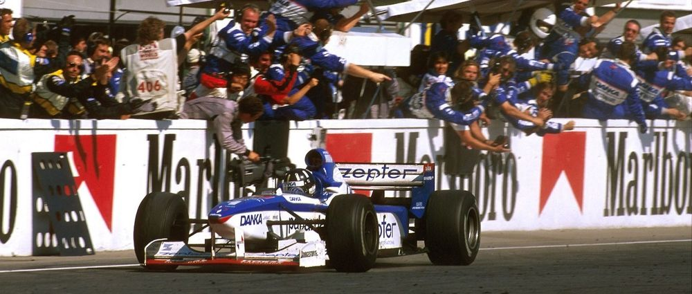 20 Years Have Passed Since Damon Hill Should Have Won The Hungarian Grand Prix