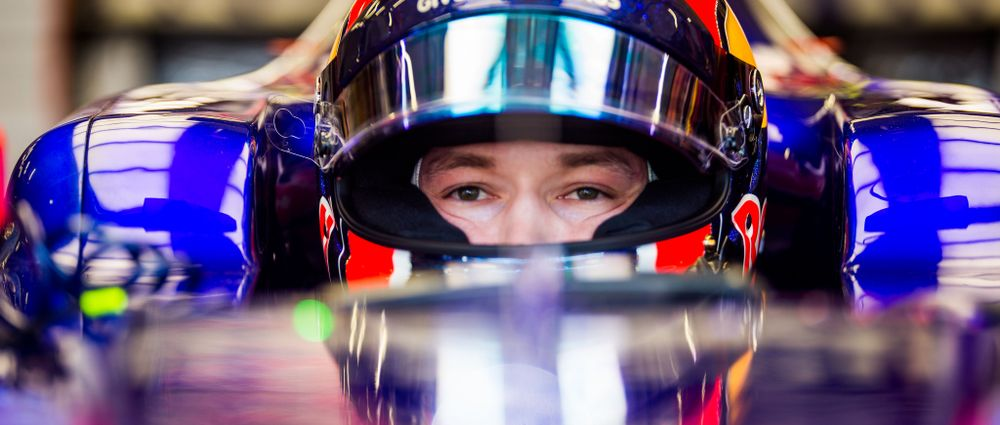Kvyat Will Return To Toro Rosso For The US GP Onwards As Sainz Switches to Renault