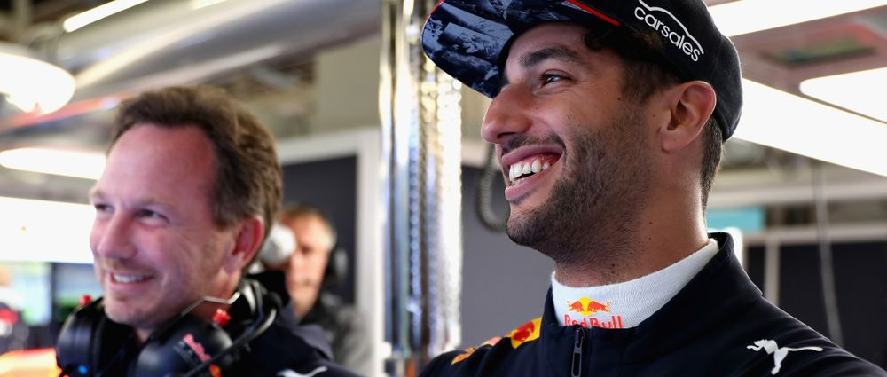 Christian Horner Thinks Hamilton Is Underestimating Ricciardo