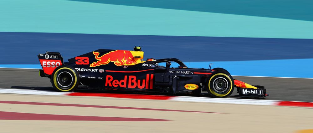 Verstappen's Qualifying Crash In Bahrain Wasn't Caused By An Engine Problem