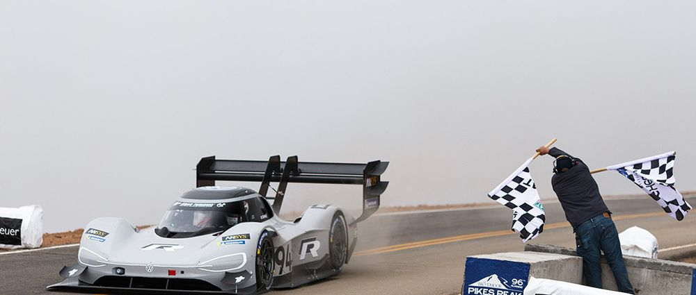 Volkswagen Absolutely Crushed The Pikes Peak Hill Climb Record With Its Monstrous Electric Car