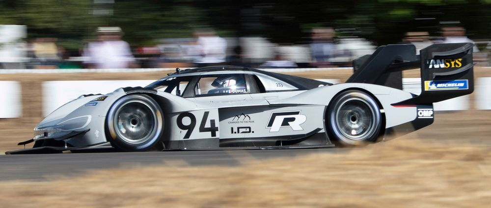 Could Volkswagen S I D R Pikes Peak Car Be The Fastest Electric Around Nordschleife