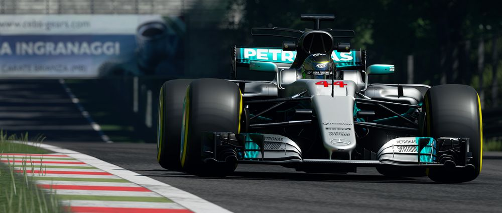 Hamilton's Title-Winning Mercedes W08 Is Now In GT Sport