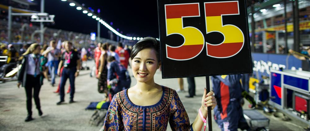Grid Girls Will Return For The Singapore Grand Prix This Weekend