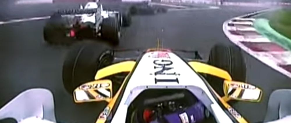 On This Day In F1 - Alonso Passes Four Cars On The Last Lap