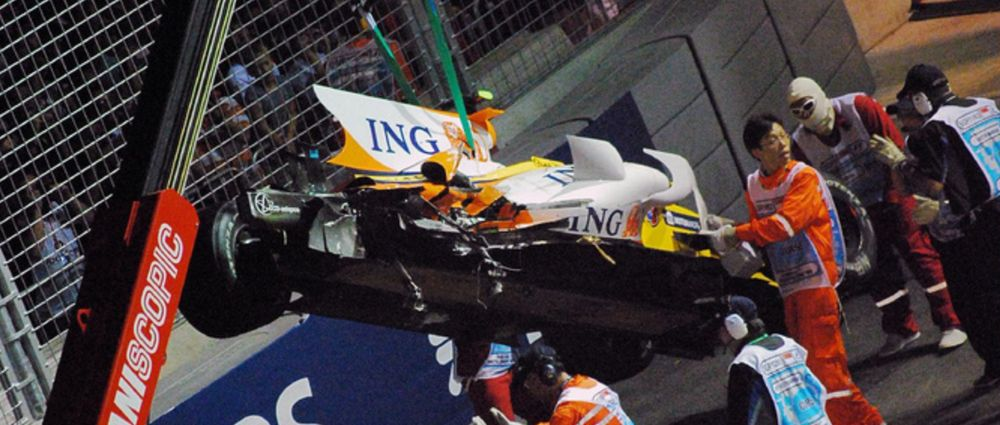 On This Day In F1 - Nelson Piquet Jr Had An Accident