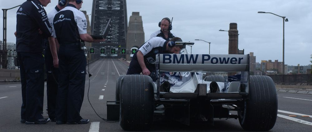 On This Day In F1 - Mark Webber Ragged His Williams Across The Sydney Harbour Bridge