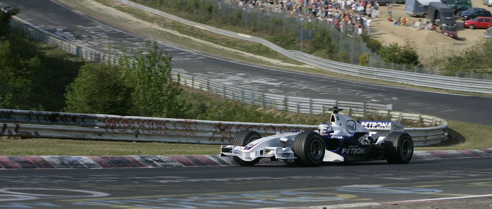 On This Day In F1 - Heidfeld Drove His BMW-Sauber Around The Nordschleife