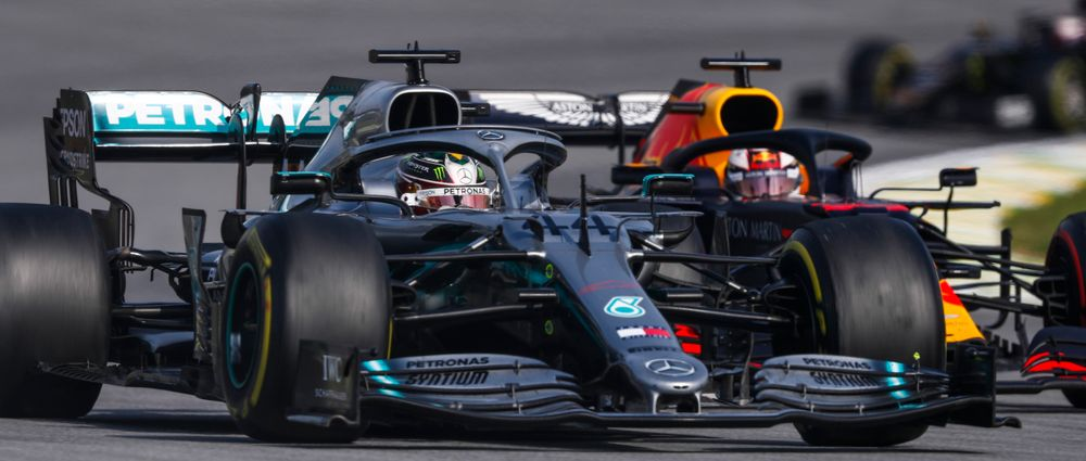 "Mercedes Says It Was ""Plain Dumb"" To Pit Hamilton Under The Safety Car"