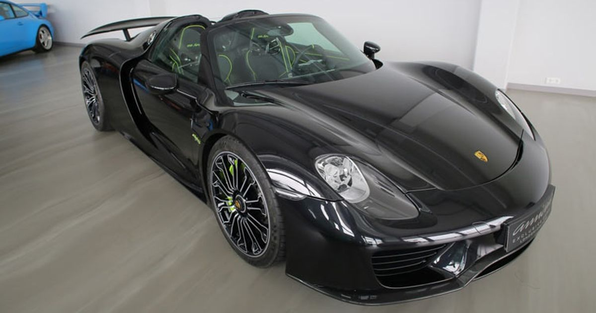 earlier in the year porsche ceased production of the 918 spyder so it is no longer possible to. Black Bedroom Furniture Sets. Home Design Ideas