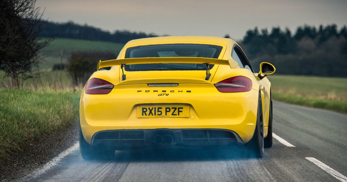 porsche is reportedly cooking up a 4 0 litre cayman gt4 rs. Black Bedroom Furniture Sets. Home Design Ideas