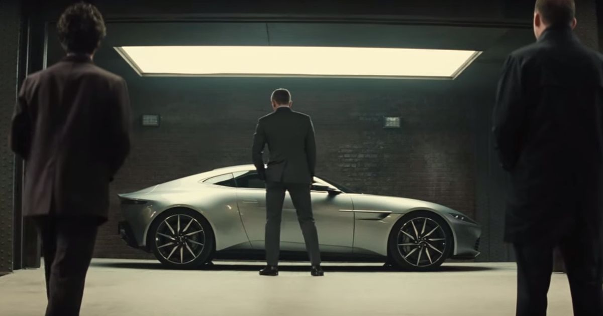 The New James Bond Trailer Features Crap Loads Of Cool Car Stuff - Cool car features