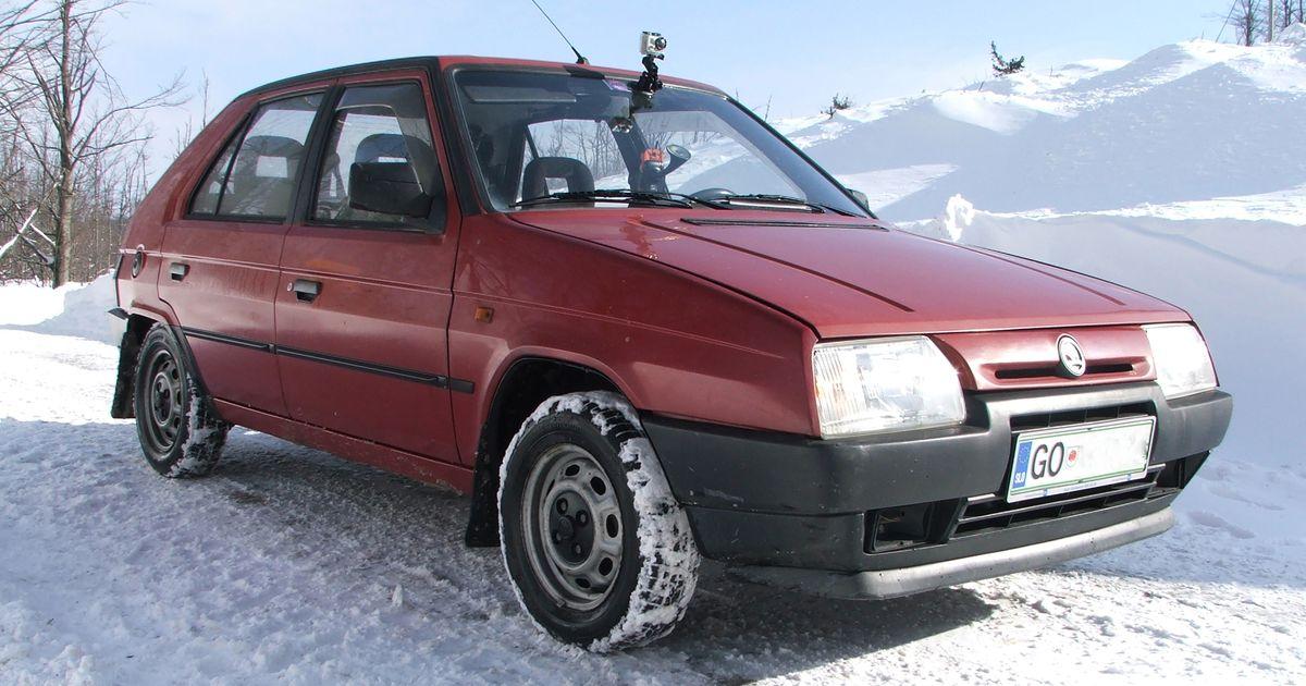 1995 skoda favorit glx for Garage skoda paray vieille poste