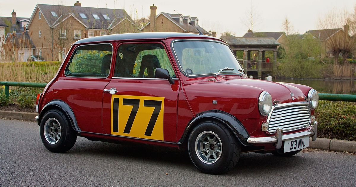 1988 austin mini racing flame for Garage mini monaco