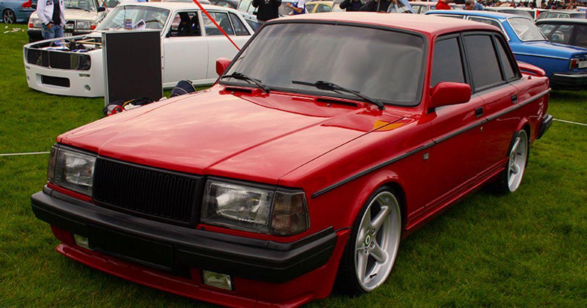 1988 Volvo 240 16V Turbo