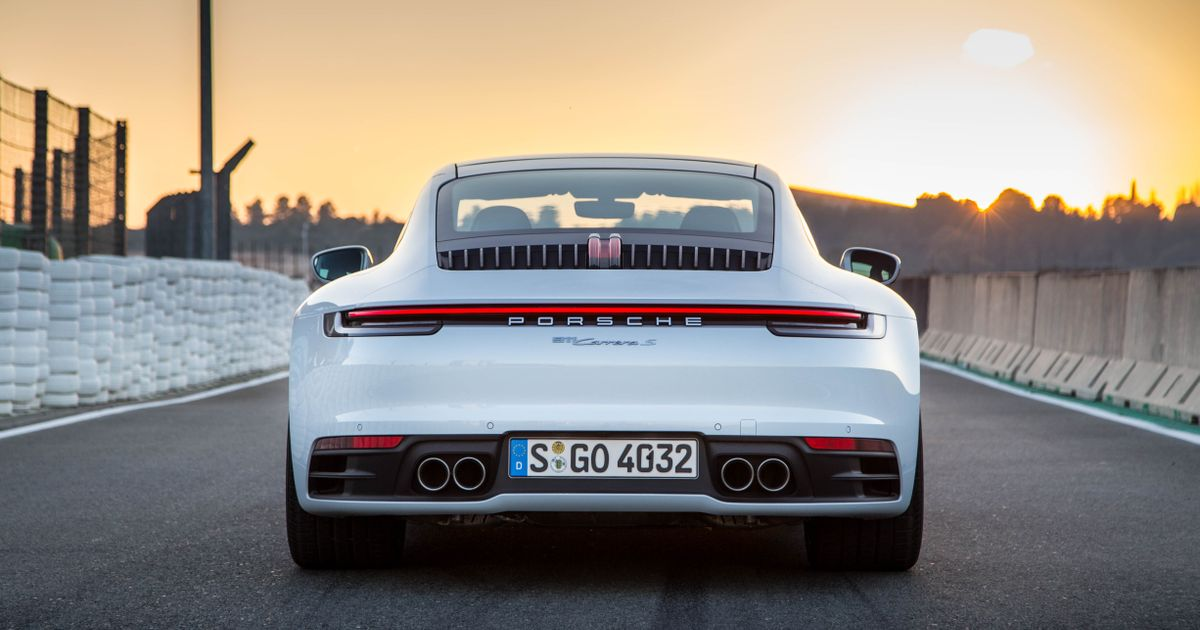 992 Porsche 911 Review: The Car That Proved This Dumb Sceptic Wrong